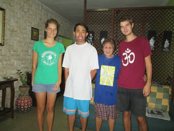 CouchSurfer René and his mum provided  very high standard of stay for our last night in the Philippines