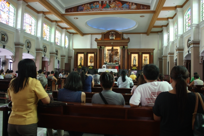 English mass service in a Cathedral in Naga City.