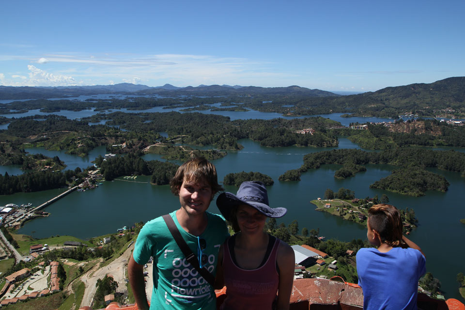 Guatapé: on the top of the Rock La Piedra, the largest dam in Colombia behind us