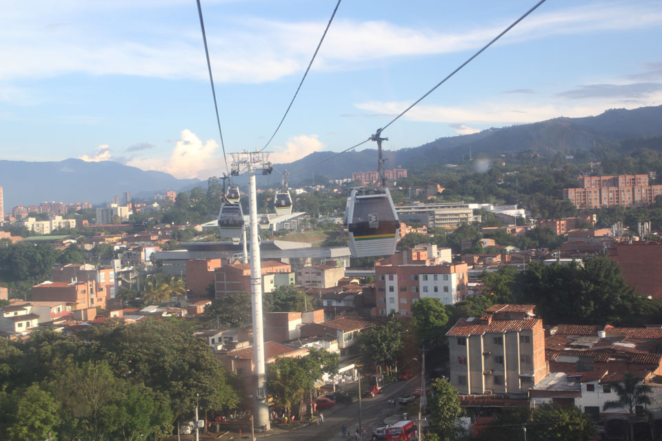 Medellín: cable cars as regular public transport